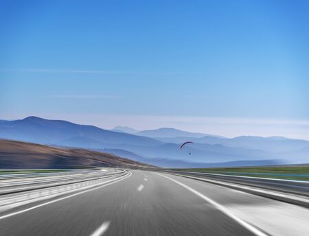 Mountain highway with blue sky. Stock fotó - 133243586