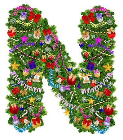 uppercase: Carta N decoraci�n de Navidad �rbol sobre un fondo blanco