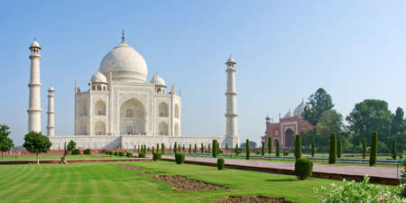 Taj Mahal in Agra, Uttar Pradesh, India 写真素材