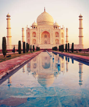 temple tower: Taj Mahal in Agra, Uttar Pradesh, India Stock Photo