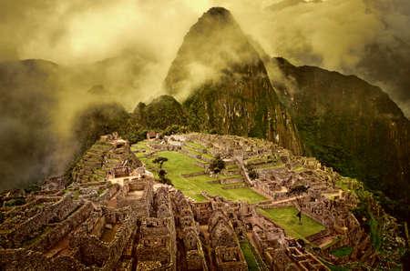 machu picchu: Machu Picchu in Peru. UNESCO World Heritage Site