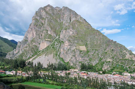 pisaq: Ollantaytambo - old Inca fortress in the Sacred Valley in  Andes, Cusco, Peru Stock Photo
