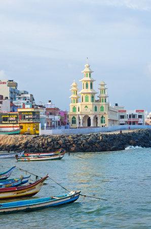 KANYAKUMARI, INDIEN - 14. Oktober 2014: Blick auf die Stadt. Früher bekannt als Cape Comorin, ist eine Stadt im Kanyakumari Distrikt im Bundesstaat Tamil Nadu in Indien.