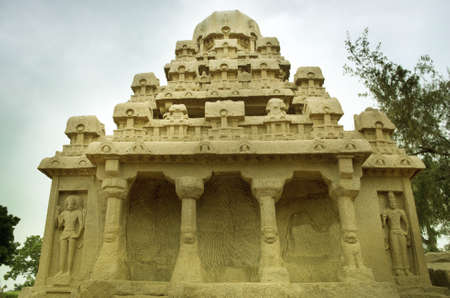 dome of hindu temple: Five rathas complex with  in Mamallapuram, Tamil Nadu, India . Stock Photo