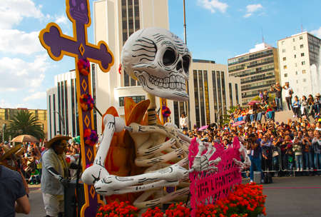 skeleton costume: Mexico City, Mexico - October 29, 2016 : Day of the dead parade in Mexico city. The Day of the Dead is one of the most popular holidays in Mexico.
