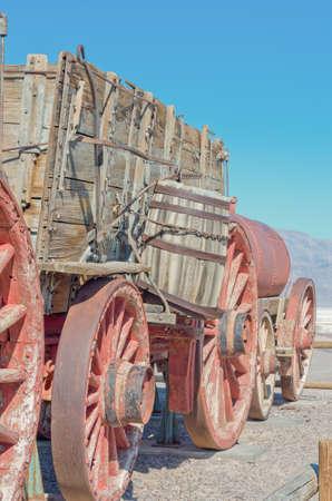 borax: A 20 mule team Borax wagon train at Harmony Borax Works in Death Valley, USA