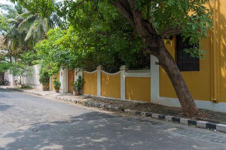 ポンディシェリ連邦直轄地域、インドの通り。