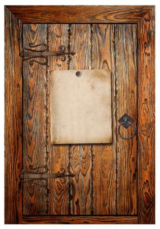salir puerta: Cartel de papel viejo en la puerta de madera