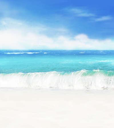 Fond d'été. Plage de sable blanc sur fond de mer bleue et de ciel bleu. Banque d'images