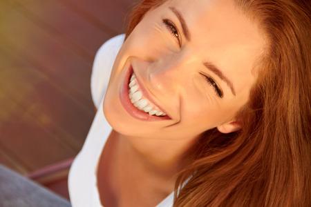 笑顔の女の子 写真素材