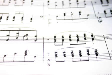 いくつかのノートを持つ楽譜