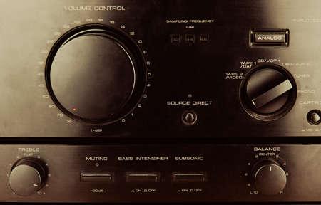 transistor: controles del amplificador de transistor Foto de archivo