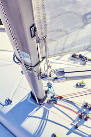 dinghies: Cunningham system suitable for use on yachts from dinghies right through to small keel boats. Stock Photo