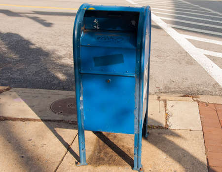 Blue mailbox Stock Photo - 36325373