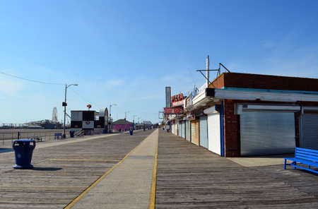 wildwood: A boardwalk in Wildwood, NJ