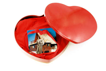 keys of the house as a gift from his photograph in the box forms the heart