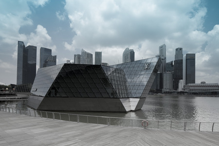 louis vuitton: Louis Vuitton a Marina Bay Sands.