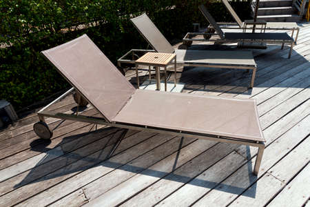 daybed: sof� cama y Piscina