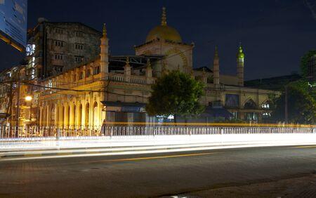 sunni: View of Sunni Mosque on Sule Pagoda Road in Yangon, Myanmar.