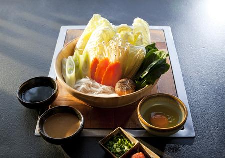 close-up mix groenteset voor shabu shabu