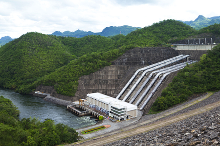 famous industries: dam in Thailand