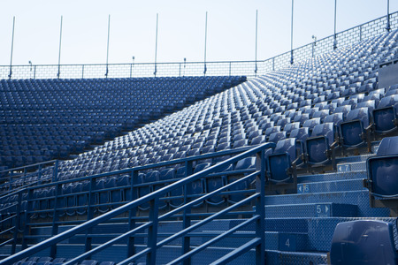 Lege stoel in het stadion Stockfoto - 82064985