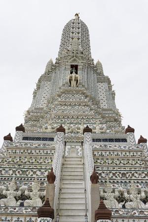 Wat arun temple, bangkok, thailand Stock Photo