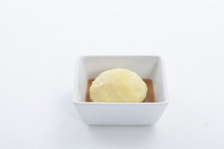 Mashed potato in white plate Imagens