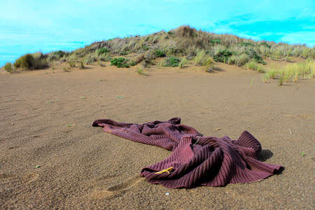 californian: Abandoned clothing found in Californian sand dunes