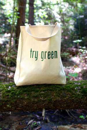 Shopping bag made out of recycled materials, Ecologically  freindly, replaces plasic shopping bags. Standard-Bild