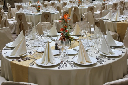 traditional events: restaurant tables set for a business event