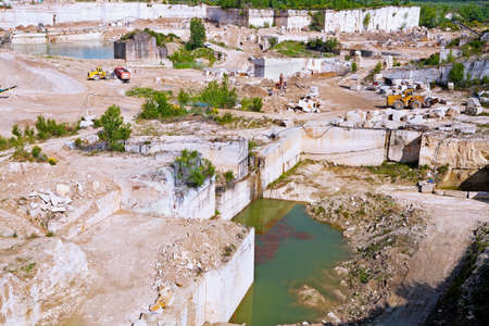 cut off saw: Marble quarry