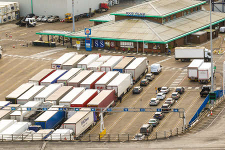Dover, United Kingdom, 18th January 2019:- A view of lorries waiting to board a ferry at the Port of Dover, Kent the nearest British port to France Фото со стока - 120301282