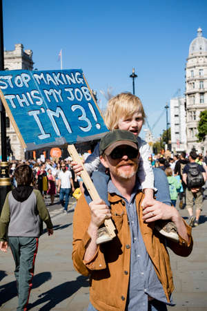 London, United Kingdom, 20th September 2019:- Climate Change Protesters gather in Westminster, central London near the British Parliament as part of a global day of protest Reklamní fotografie - 132337763
