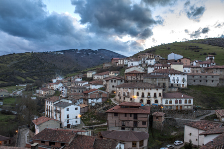 Night scene of a small town in the north of Spain 写真素材 - 96134062