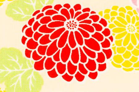 Colorful motif chrysanthème sur fond de tissu crème, Dendranthemum grandifflora Banque d'images - 47867698