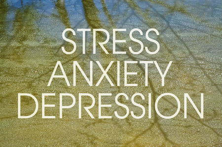 ansiedad: Texto sobre el tema del estrés y la depresión como trastornos mentales modernos