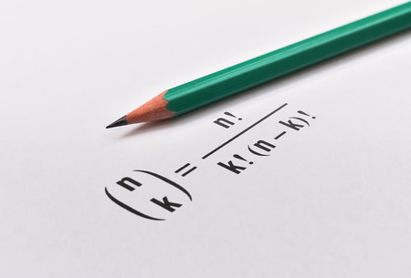Pencil and the combinatorial formula that gives the exact number of combinations