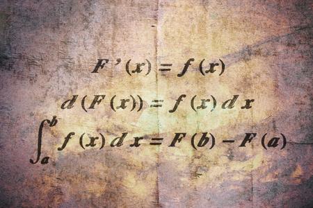 Fundamentalsatz der Differential- und Integralrechnung auf Vintage-Hintergrund Standard-Bild