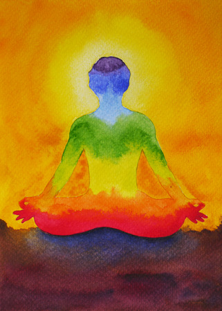salud y deporte: posición de loto yoga con mudra mano, pintura de la acuarela en la salida del sol, puesta de sol y el cielo de fondo, el poder aura abstracto, diseño de la naturaleza poderosa, arco iris signo chakra