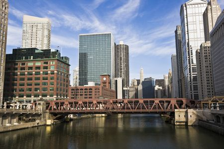 Chicago River and downtown buildings Stock Photo - 3994607
