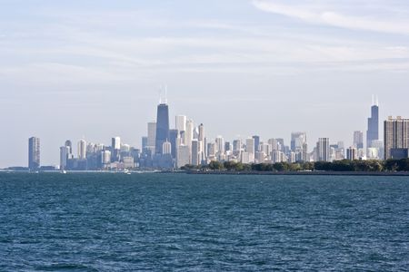 Chicago, IL seen from the north Stock Photo - 3994598