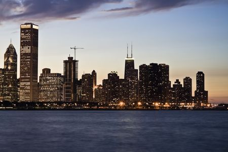 aon: Evening in Downtown Chicago, IL.