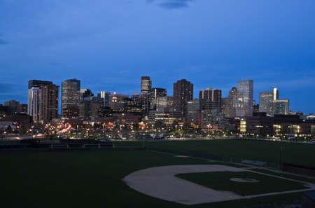 Noche en el centro de Denver, Colorado.  Foto de archivo - 4927319