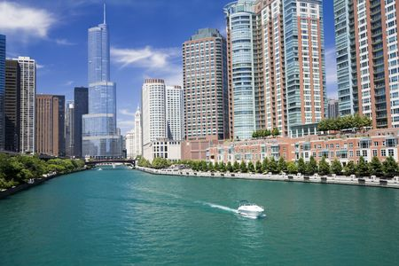 lake shore drive: Amazing day in Chicago, IL.