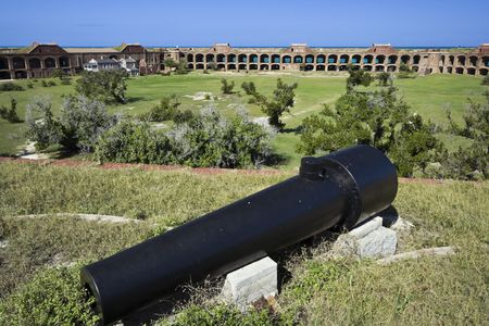 fort jefferson: Cannon seen in Dry Tortugas National Park.