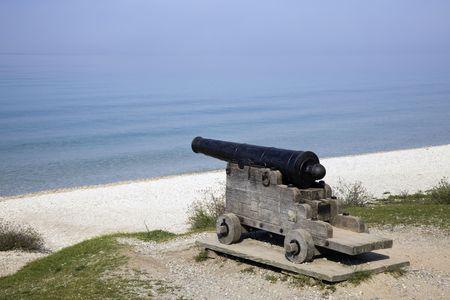 mackinac: Cannon on the beach - Mackinac Island.  Stock Photo