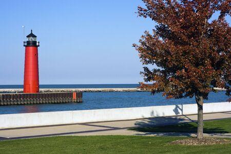 lake michigan lighthouse: Faro en Kenosha, Wisconsin, Estados Unidos.  Foto de archivo