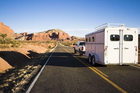 remolque: Transporte de caballos - vistos en Utah.  Foto de archivo