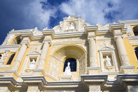 merced: Details of La Merced Church in Antigua
